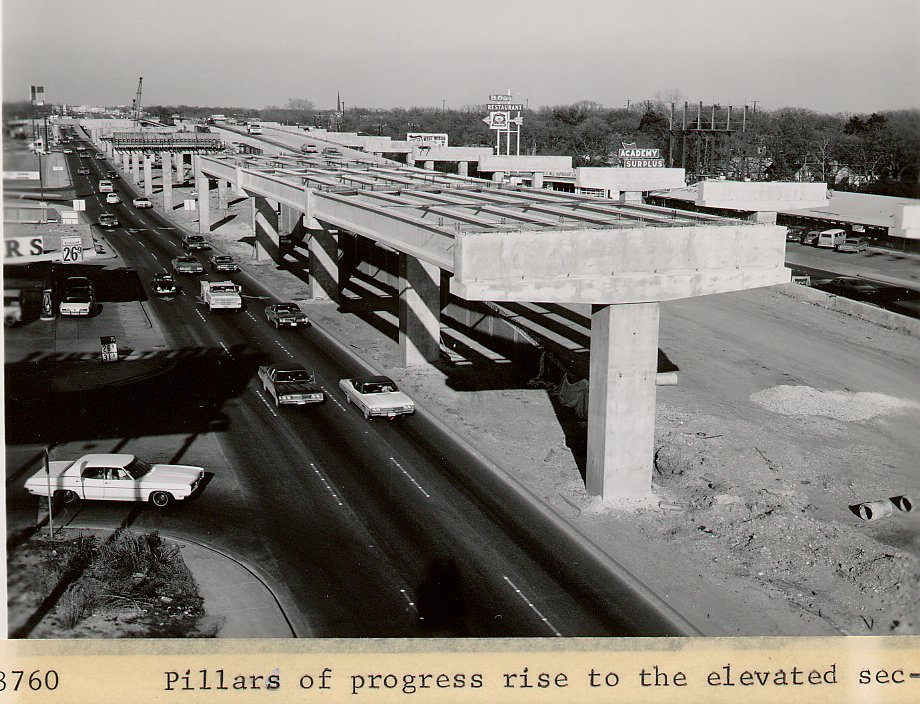 Black and white photo of incomplete upper deck roadway.